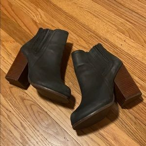 Jeffrey Campbell Knock Out Bootie